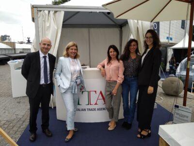De izq. a derecha: Enzo Colarossi, Cecilia Oliva, Lucilla Danese, Federica Falzetta y Andrea Piscedda.